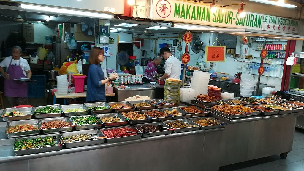 """Photo of Le Tian Vegetarian Stall  by <a href=""""/members/profile/ChoyYuen"""">ChoyYuen</a> <br/>Image of shop and buffet counter <br/> April 18, 2018  - <a href='/contact/abuse/image/17293/387627'>Report</a>"""