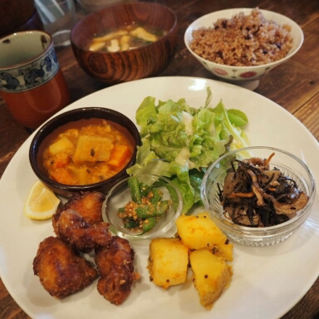 "Photo of Sunny Place  by <a href=""/members/profile/JanineBarthel"">JanineBarthel</a> <br/>vegan lunch set <br/> March 3, 2016  - <a href='/contact/abuse/image/17467/138603'>Report</a>"