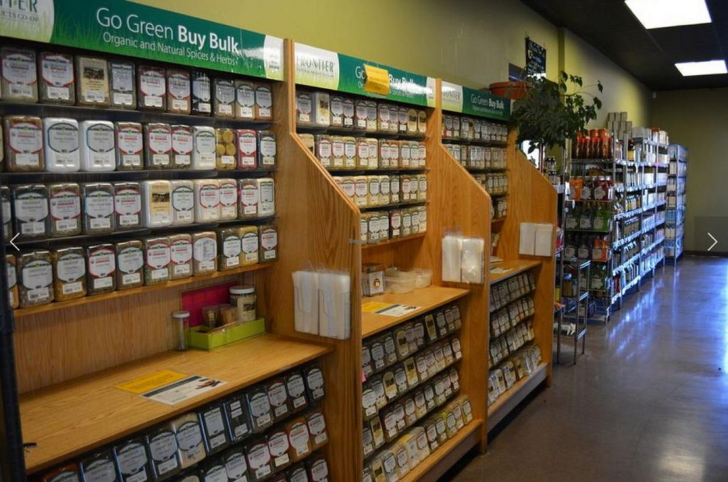 Photo of Mountain Mama Natural Foods  by StephenS <br/>Mountain Mama Bulk <br/> August 9, 2014  - <a href='/contact/abuse/image/1748/76383'>Report</a>