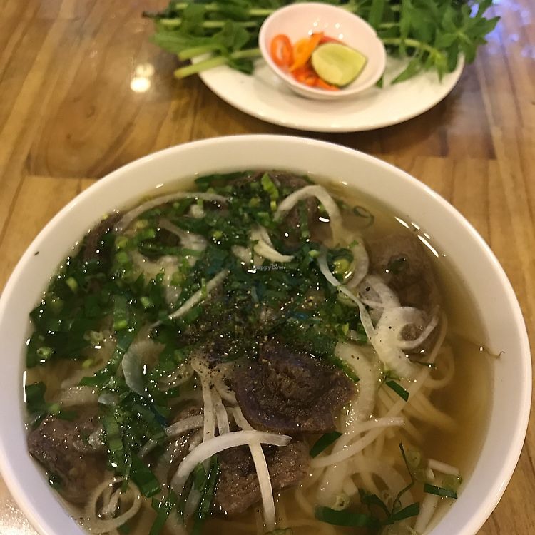 "Photo of Thien Duyen Ben Thanh  by <a href=""/members/profile/JessicaEatsFood"">JessicaEatsFood</a> <br/>beef pho 35k VND. SO GOOD.  <br/> August 3, 2017  - <a href='/contact/abuse/image/17755/288157'>Report</a>"