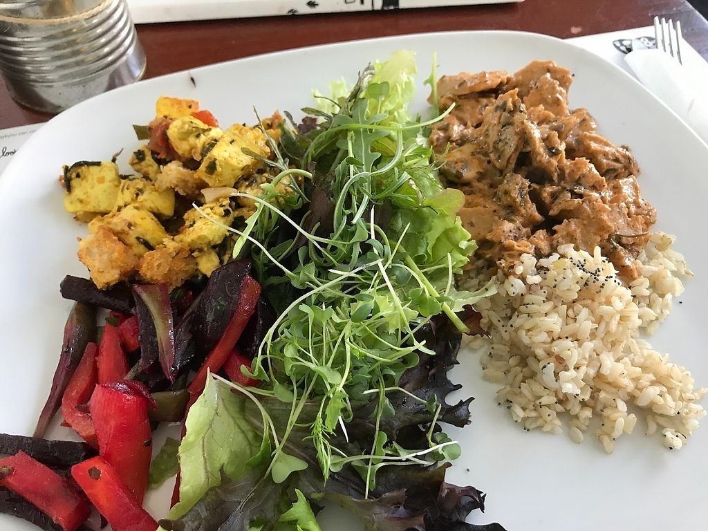"""Photo of Miss Saigon  by <a href=""""/members/profile/zubora"""">zubora</a> <br/>Two dish tasting menu with fresh salad <br/> June 4, 2017  - <a href='/contact/abuse/image/17785/265727'>Report</a>"""