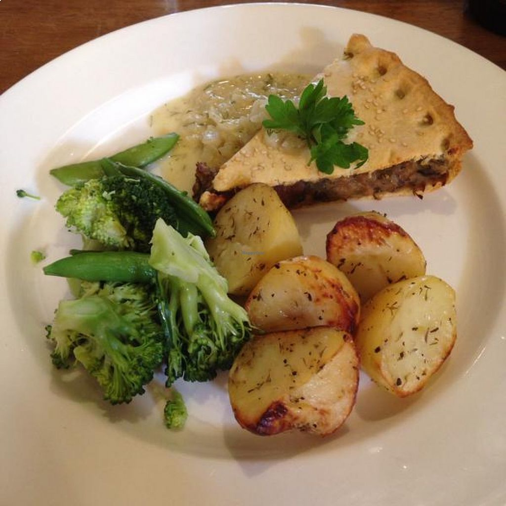 """Photo of Goji Vegetarian Cafe and Deli  by <a href=""""/members/profile/pdw96"""">pdw96</a> <br/>Excellent Sunday vegan 'roast' dinner <br/> August 19, 2015  - <a href='/contact/abuse/image/17816/114341'>Report</a>"""
