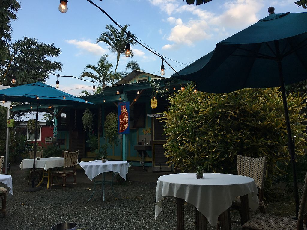 "Photo of Eat Healthy Kauai  by <a href=""/members/profile/myra975"">myra975</a> <br/>Outdoor Seating <br/> March 14, 2017  - <a href='/contact/abuse/image/17833/236520'>Report</a>"