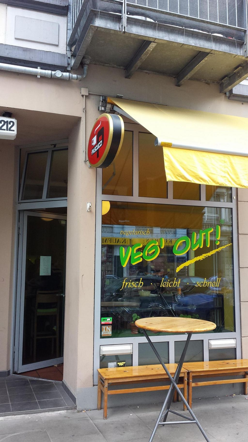 "Photo of CLOSED: Veg Out  by <a href=""/members/profile/bercher"">bercher</a> <br/>Restaurant front <br/> August 1, 2014  - <a href='/contact/abuse/image/17902/75762'>Report</a>"