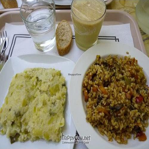 """Photo of La Olla Vegetal  by <a href=""""/members/profile/Nihacc"""">Nihacc</a> <br/>Millet and leek pudding, paella with vegetables, and fruit-soy milk smoothie <br/> September 25, 2011  - <a href='/contact/abuse/image/17908/10809'>Report</a>"""