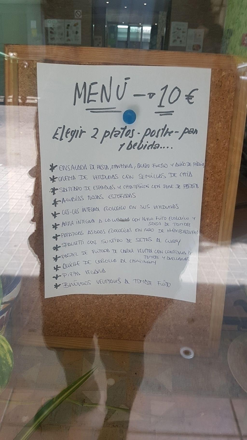 "Photo of La Olla Vegetal  by <a href=""/members/profile/Gaabs"">Gaabs</a> <br/>Menú (15-04-17) <br/> April 15, 2017  - <a href='/contact/abuse/image/17908/248331'>Report</a>"