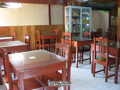 """Photo of El Paraiso Restaurant Vegetariano   by <a href=""""/members/profile/Scrablero"""">Scrablero</a> <br/>the restaurant <br/> March 28, 2012  - <a href='/contact/abuse/image/17955/30007'>Report</a>"""