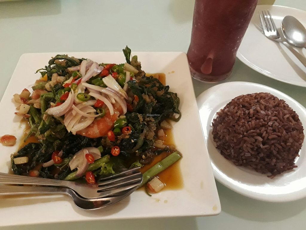 """Photo of Loving Hut - Bang Kholaem  by <a href=""""/members/profile/LilacHippy"""">LilacHippy</a> <br/>Crispy morning glory salad so brown rice and mulberry shaje <br/> August 18, 2017  - <a href='/contact/abuse/image/18022/293847'>Report</a>"""