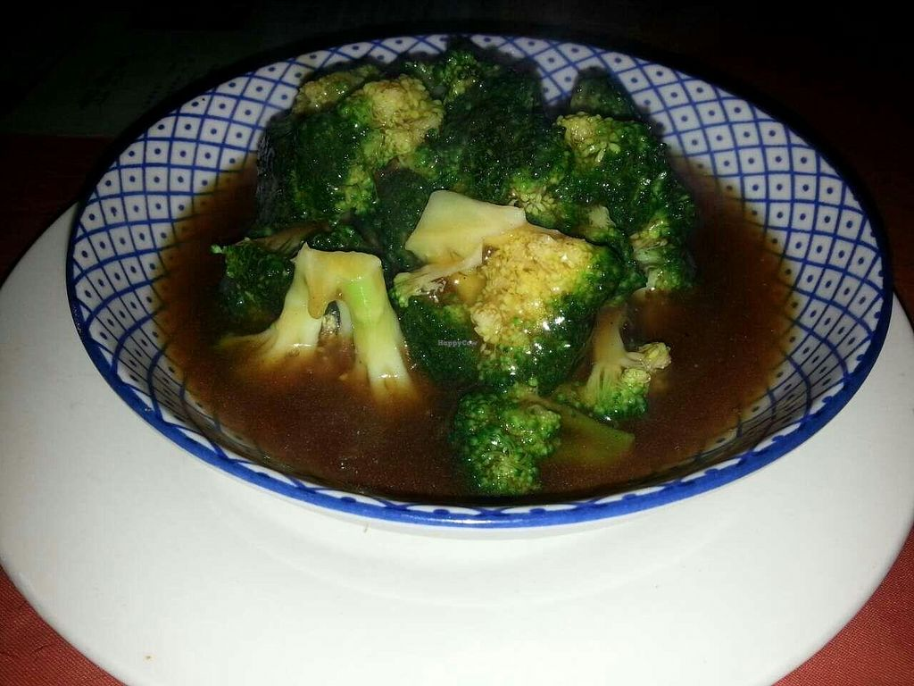 """Photo of Bing Di Lian  by <a href=""""/members/profile/ultm8"""">ultm8</a> <br/>Brocolli in Gravy Sauce 38 Rmb <br/> January 18, 2015  - <a href='/contact/abuse/image/18304/90599'>Report</a>"""