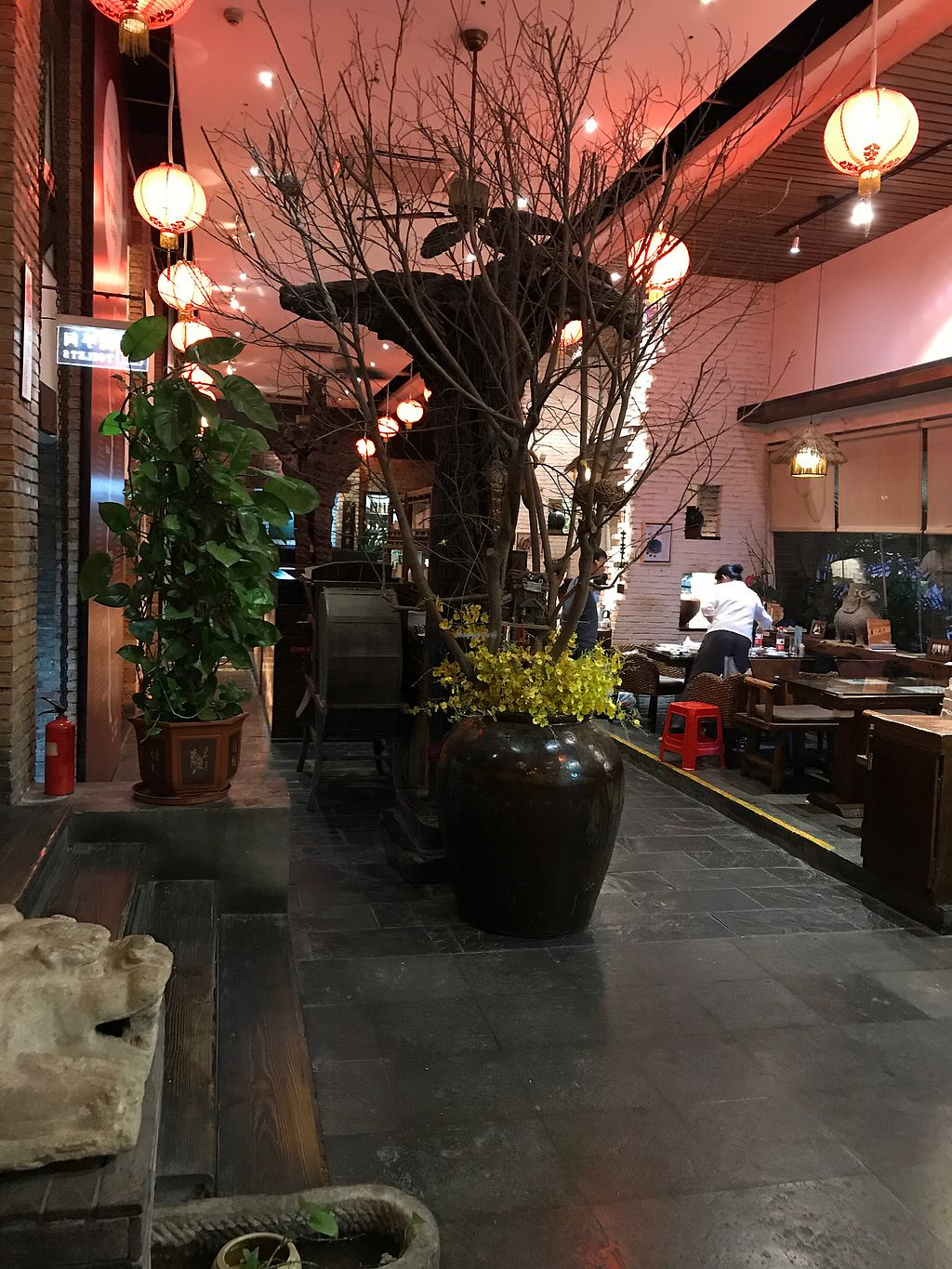 """Photo of Shan Ding Dong Ren - Caveman Vegetarian Teahouse  by <a href=""""/members/profile/VeganRambo"""">VeganRambo</a> <br/>Inside of the restaurant <br/> July 19, 2017  - <a href='/contact/abuse/image/18363/281994'>Report</a>"""