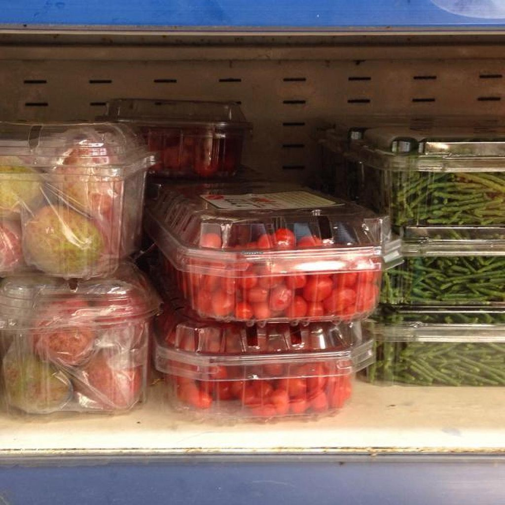"""Photo of Shorashim Store  by <a href=""""/members/profile/Brok%20O.%20Lee"""">Brok O. Lee</a> <br/>Fresh lychees, goji berries, and salicornia <br/> June 27, 2014  - <a href='/contact/abuse/image/18602/72878'>Report</a>"""