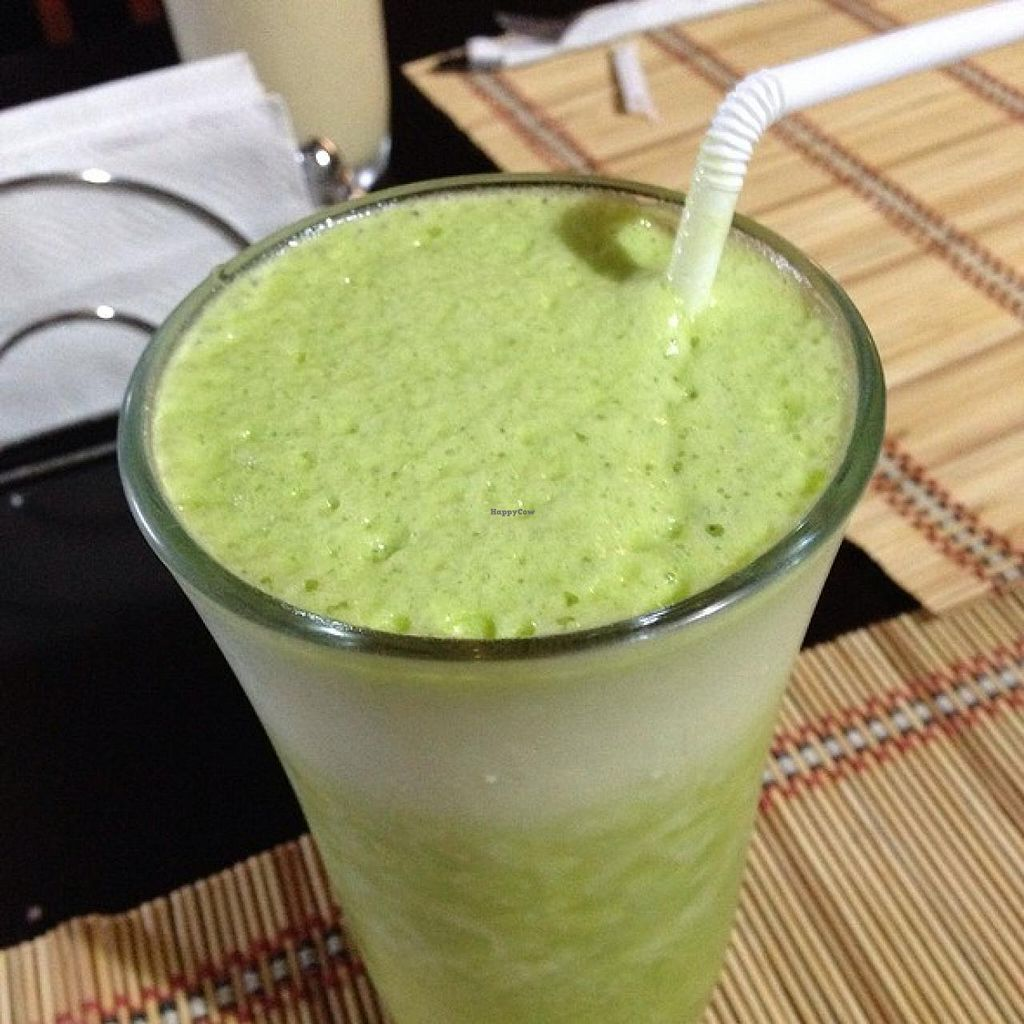 """Photo of Mantras Veggie Cafe and Tea House  by <a href=""""/members/profile/Longina"""">Longina</a> <br/>Verde Colada <br/> January 4, 2014  - <a href='/contact/abuse/image/18650/61789'>Report</a>"""
