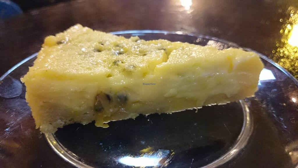"Photo of Big Mountain  by <a href=""/members/profile/stephananda"">stephananda</a> <br/>the famouse passion fruit pie <br/> January 3, 2016  - <a href='/contact/abuse/image/18726/130864'>Report</a>"