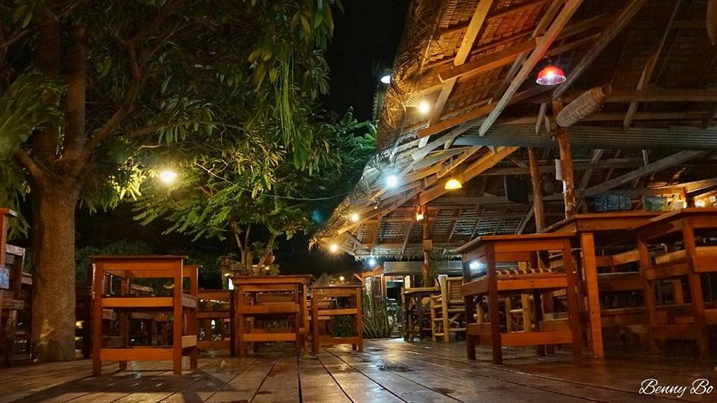 "Photo of Big Mountain  by <a href=""/members/profile/stephananda"">stephananda</a> <br/>Big Mountain Restaurant in Koh Phangan Srithanu Area <br/> January 3, 2016  - <a href='/contact/abuse/image/18726/130865'>Report</a>"