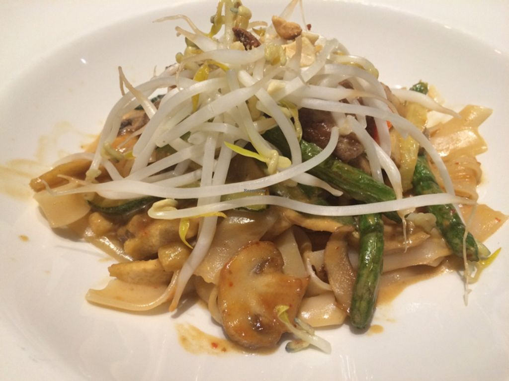 """Photo of Cafe Sunflower - Buckhead  by <a href=""""/members/profile/Risa8"""">Risa8</a> <br/>pad Thai deliciousness  <br/> January 9, 2016  - <a href='/contact/abuse/image/1875/131730'>Report</a>"""