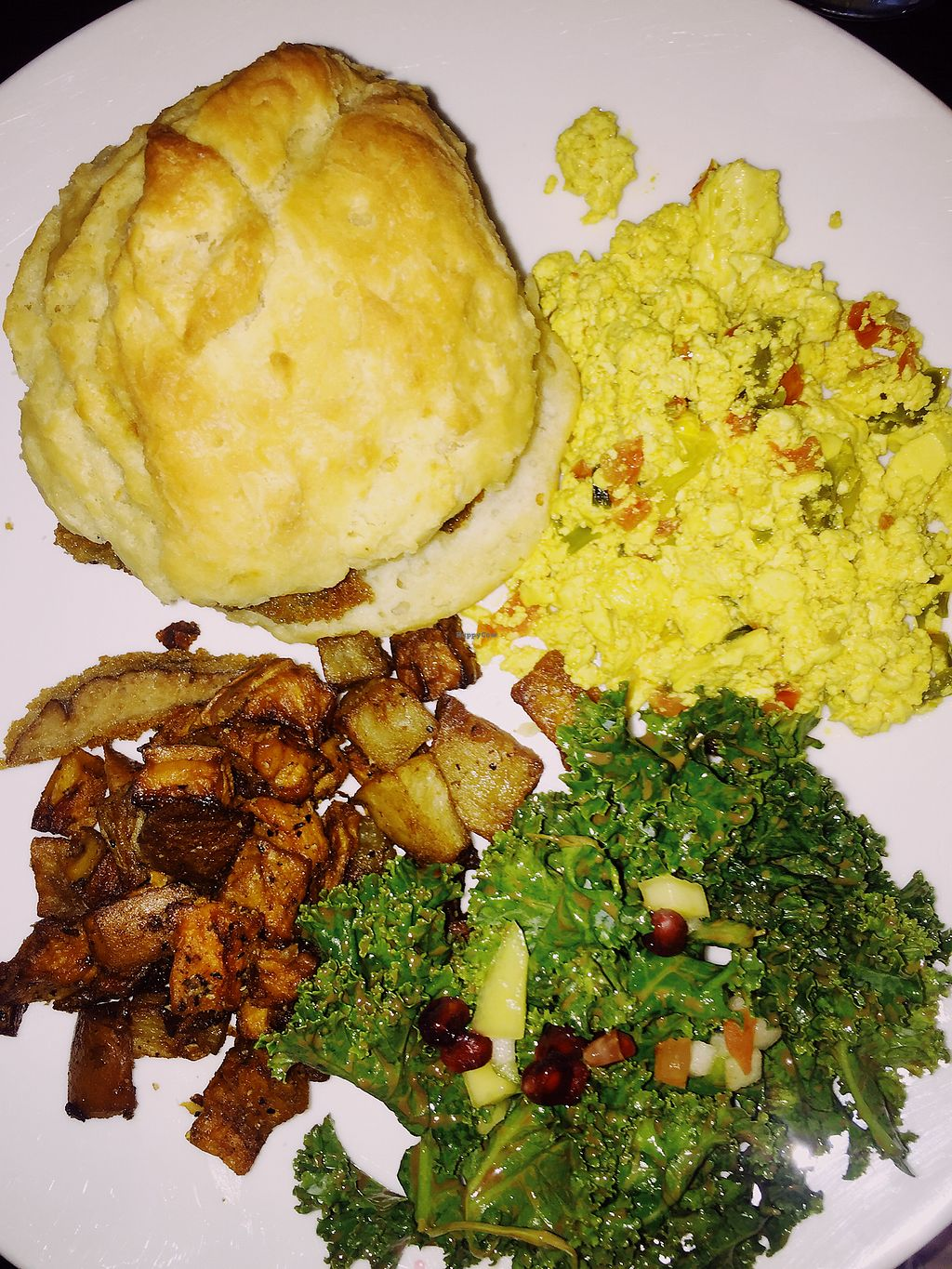 """Photo of Cafe Sunflower - Buckhead  by <a href=""""/members/profile/terrywashere"""">terrywashere</a> <br/>chicken biscuit, tofu scram, kale, potatoes.  <br/> July 3, 2017  - <a href='/contact/abuse/image/1875/276319'>Report</a>"""