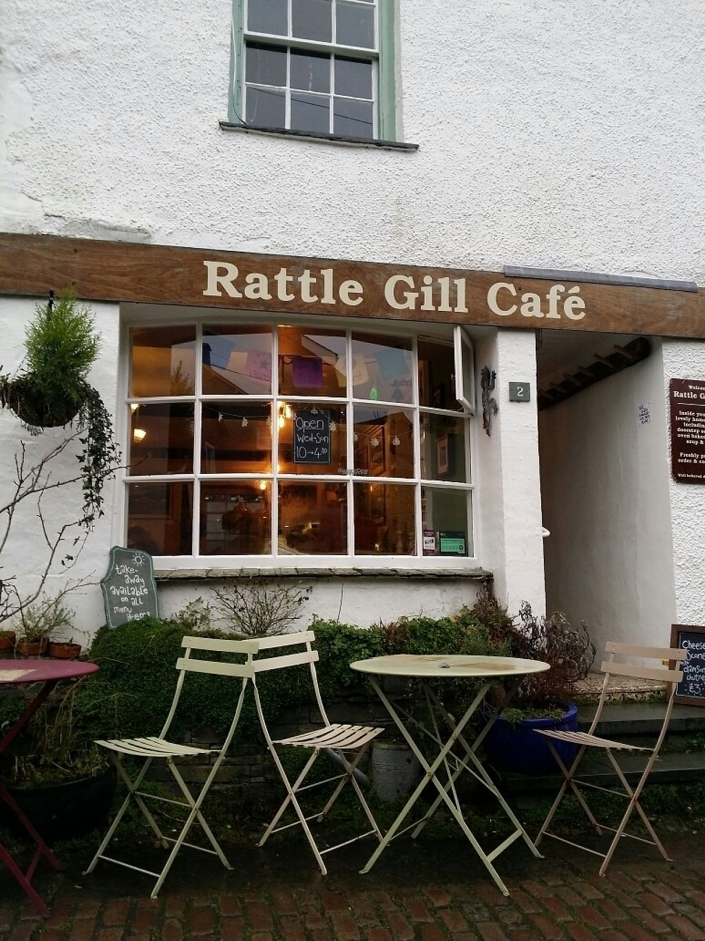 """Photo of Rattle Gill Cafe  by <a href=""""/members/profile/Bertolini"""">Bertolini</a> <br/>Lovely welcoming café  <br/> January 8, 2017  - <a href='/contact/abuse/image/18799/209682'>Report</a>"""
