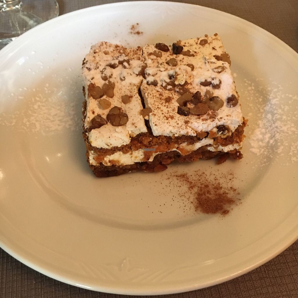 """Photo of Tedone  by <a href=""""/members/profile/HiErBa%20Vegana"""">HiErBa Vegana</a> <br/>amazing vegan carrot cake <br/> December 31, 2016  - <a href='/contact/abuse/image/18873/206524'>Report</a>"""