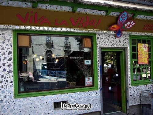 "Photo of CLOSED: Viva la Vida  by <a href=""/members/profile/sbszine"">sbszine</a> <br/>Exterior by day <br/> March 19, 2012  - <a href='/contact/abuse/image/18883/29627'>Report</a>"