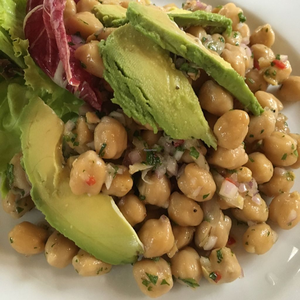 "Photo of Dayang Cafe  by <a href=""/members/profile/One%20Arab%20Vegan"">One Arab Vegan</a> <br/>Chickpea Salad with Avocado <br/> November 3, 2015  - <a href='/contact/abuse/image/19004/123624'>Report</a>"