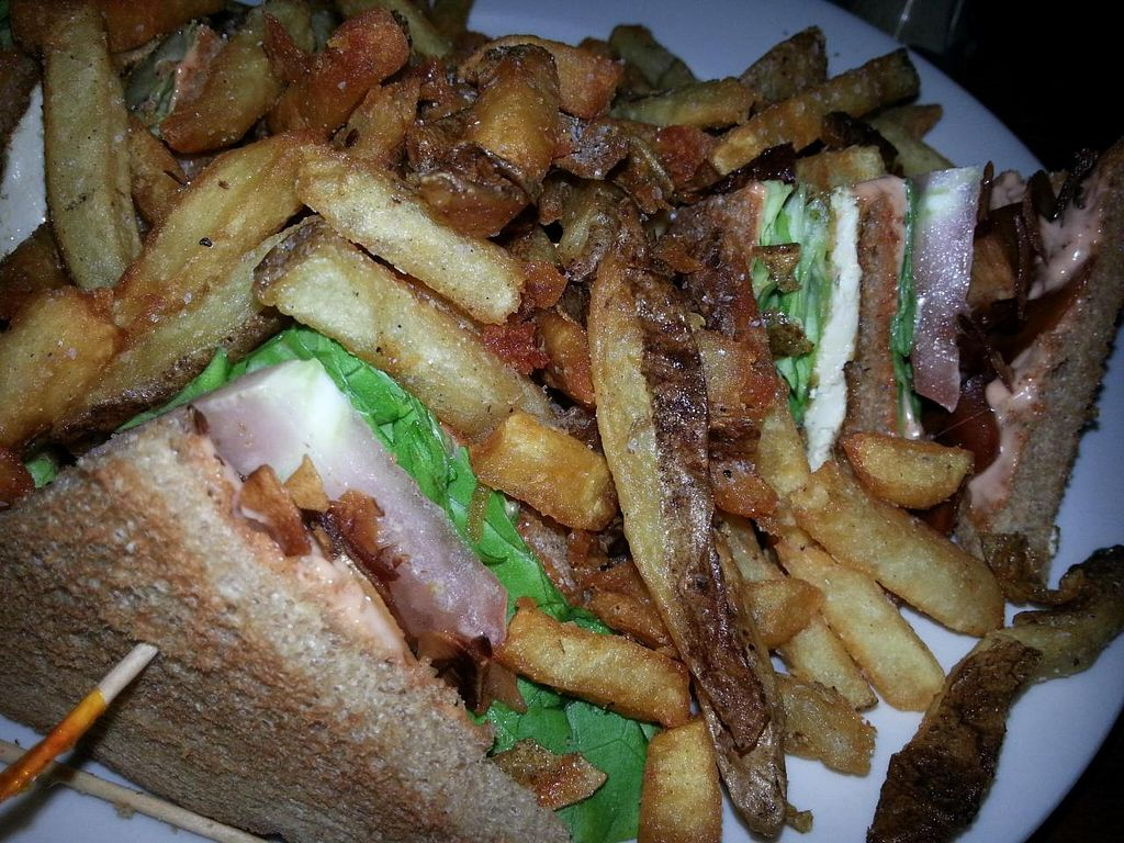 "Photo of Memphis Taproom  by <a href=""/members/profile/butikiteas"">butikiteas</a> <br/>Coconut Club sammy! Sooooo good! <br/> May 17, 2014  - <a href='/contact/abuse/image/19115/70202'>Report</a>"