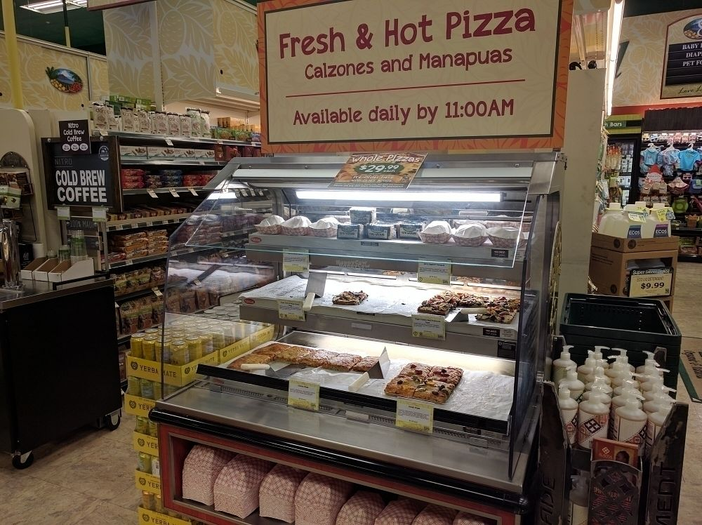 """Photo of Down to Earth Deli Cafe  by <a href=""""/members/profile/mrd"""">mrd</a> <br/>Vegan and vegetarian pizza after 11 <br/> October 22, 2016  - <a href='/contact/abuse/image/1918/183532'>Report</a>"""