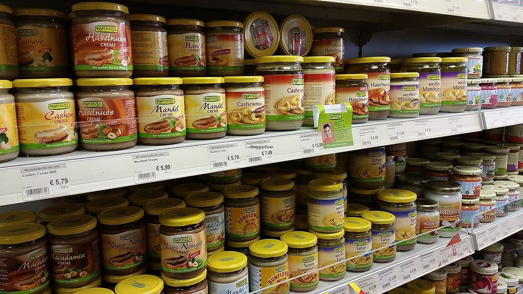 """Photo of Gesund und Fein  by <a href=""""/members/profile/Aplant"""">Aplant</a> <br/>They sell a lot Rapunzel stuff <br/> January 23, 2018  - <a href='/contact/abuse/image/19232/350096'>Report</a>"""