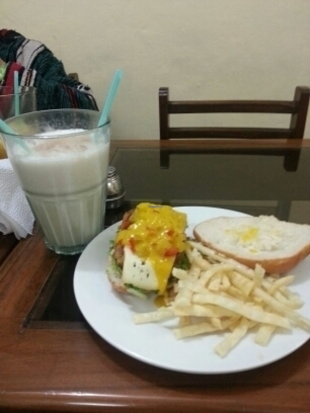 "Photo of Prasada  by <a href=""/members/profile/mrrfrost"">mrrfrost</a> <br/>Hawaiian burger and Chai tea lassi <br/> July 14, 2016  - <a href='/contact/abuse/image/19318/159687'>Report</a>"