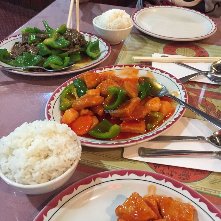 """Photo of New York Chinese Restaurant  by <a href=""""/members/profile/Yesse1744"""">Yesse1744</a> <br/>Sweet&sour pork / beef shaute (?) sauce  <br/> October 14, 2016  - <a href='/contact/abuse/image/19330/182085'>Report</a>"""