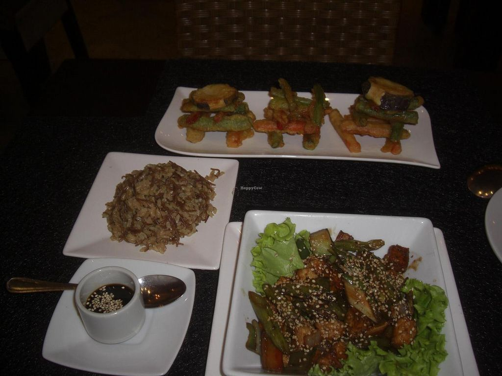 "Photo of Anacardos  by <a href=""/members/profile/arya00"">arya00</a> <br/>Veggie tempura and veggie tofu with rice <br/> August 25, 2014  - <a href='/contact/abuse/image/19618/78237'>Report</a>"