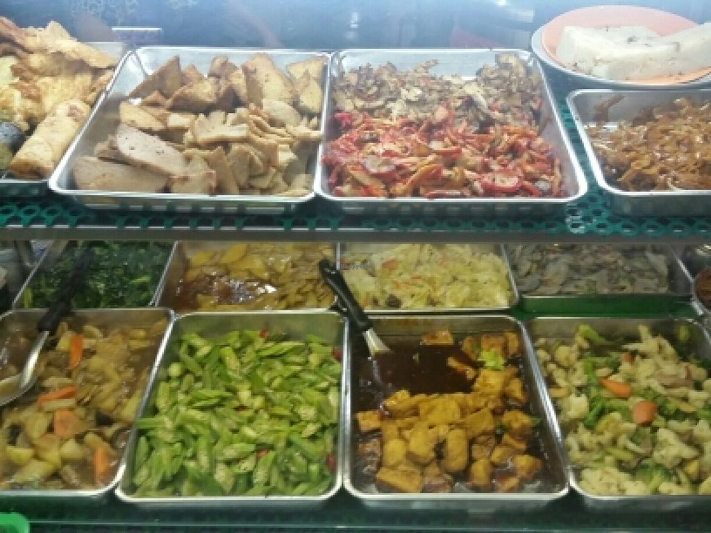 "Photo of Pu Xiang Vegetarian  by <a href=""/members/profile/JimmySeah"">JimmySeah</a> <br/>the wide buffet selection <br/> March 9, 2016  - <a href='/contact/abuse/image/19653/139379'>Report</a>"