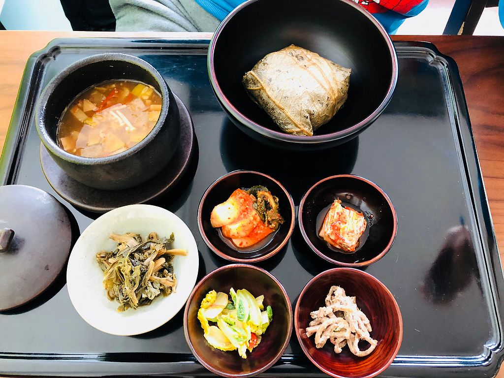"""Photo of Balwoo Gongyang - 발우공양  by <a href=""""/members/profile/BCsin"""">BCsin</a> <br/>Winter main course 2 <br/> December 31, 2017  - <a href='/contact/abuse/image/19777/341153'>Report</a>"""
