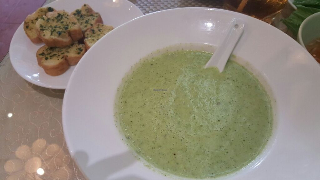 """Photo of San May - Q10  by <a href=""""/members/profile/Refinnej"""">Refinnej</a> <br/>Broccoli soup, served with side of grilled bread <br/> December 27, 2015  - <a href='/contact/abuse/image/19935/130090'>Report</a>"""