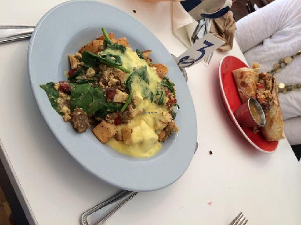 """Photo of CLOSED: Fritz Pastry  by <a href=""""/members/profile/tauberl"""">tauberl</a> <br/>tofu hash with hollandaise <br/> May 27, 2014  - <a href='/contact/abuse/image/20269/70870'>Report</a>"""