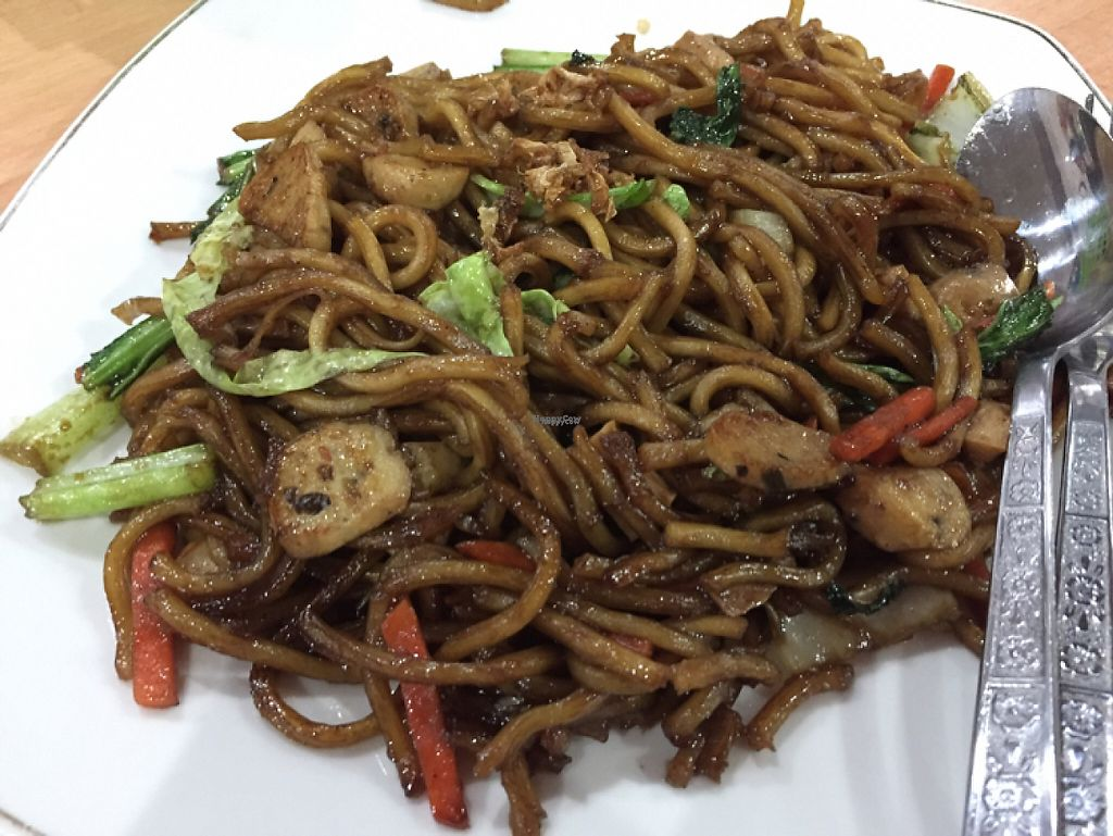 "Photo of Kedai Mie  by <a href=""/members/profile/SusanRoberts"">SusanRoberts</a> <br/>noodles <br/> December 1, 2016  - <a href='/contact/abuse/image/20307/196198'>Report</a>"