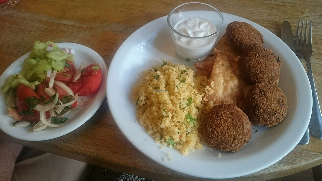 """Photo of Glonojad  by <a href=""""/members/profile/biekin"""">biekin</a> <br/>falafel, couscous and salad <br/> July 29, 2017  - <a href='/contact/abuse/image/20526/286276'>Report</a>"""