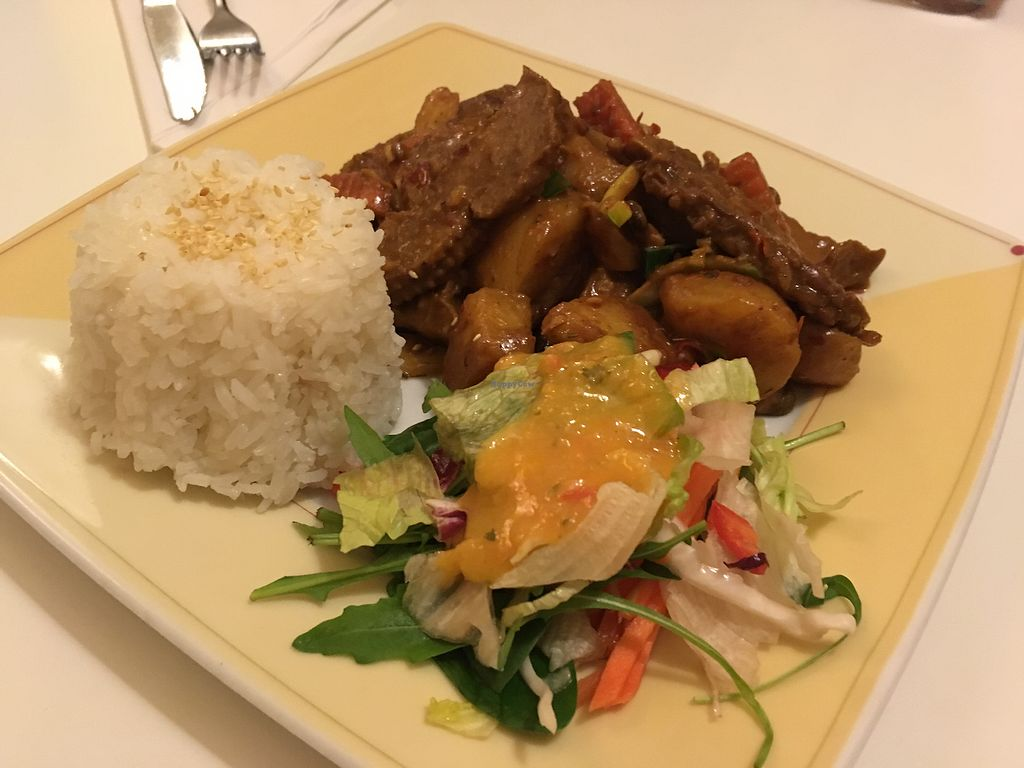 """Photo of Loving Hut  by <a href=""""/members/profile/monisonfire"""">monisonfire</a> <br/>veggies with soy and tempeh <br/> March 4, 2018  - <a href='/contact/abuse/image/20669/366601'>Report</a>"""