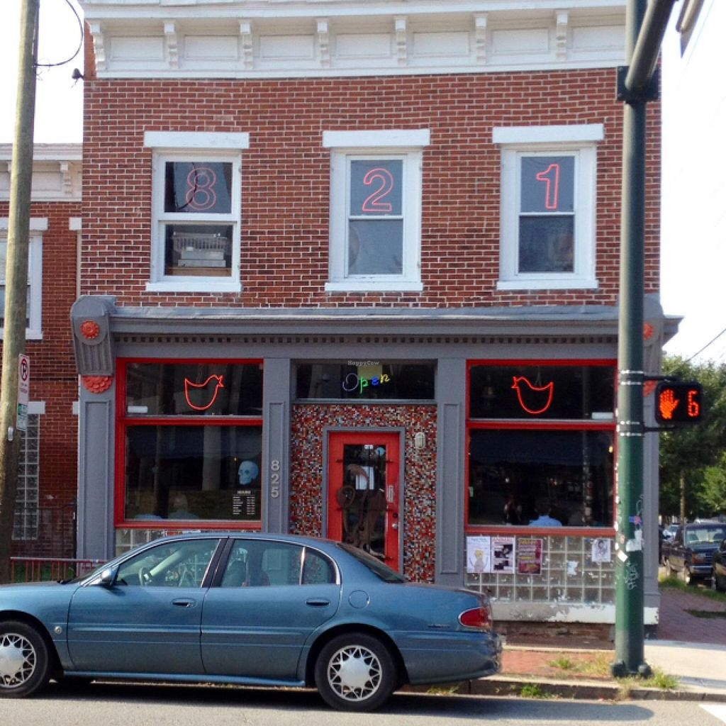 """Photo of Cafe 821  by <a href=""""/members/profile/meredith"""">meredith</a> <br/>old pic of the outside of 821.... they have an outdoor seating area that just opened summer 2015! <br/> July 23, 2015  - <a href='/contact/abuse/image/20708/110536'>Report</a>"""