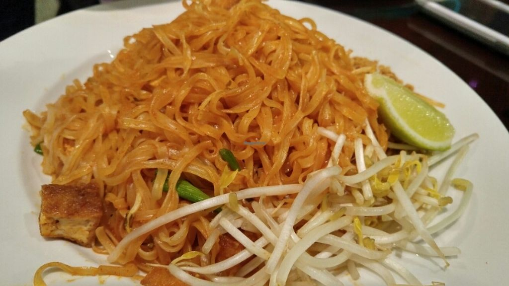 """Photo of Rain  by <a href=""""/members/profile/ajvaldez"""">ajvaldez</a> <br/>Pad Thai - vegan,  no egg requested <br/> January 3, 2016  - <a href='/contact/abuse/image/20731/130920'>Report</a>"""