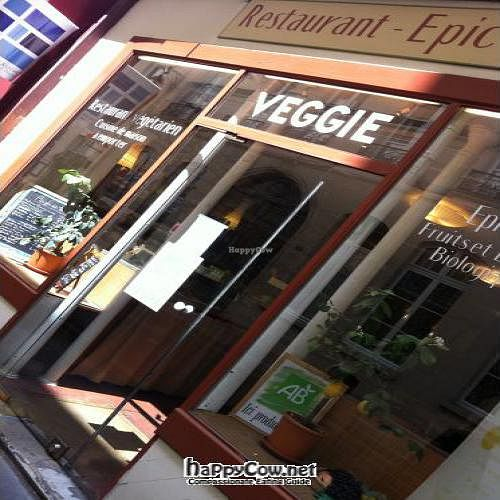 "Photo of Veggie  by <a href=""/members/profile/Lennaert"">Lennaert</a> <br/>The front of restaurant Veggie <br/> November 15, 2011  - <a href='/contact/abuse/image/20765/12084'>Report</a>"