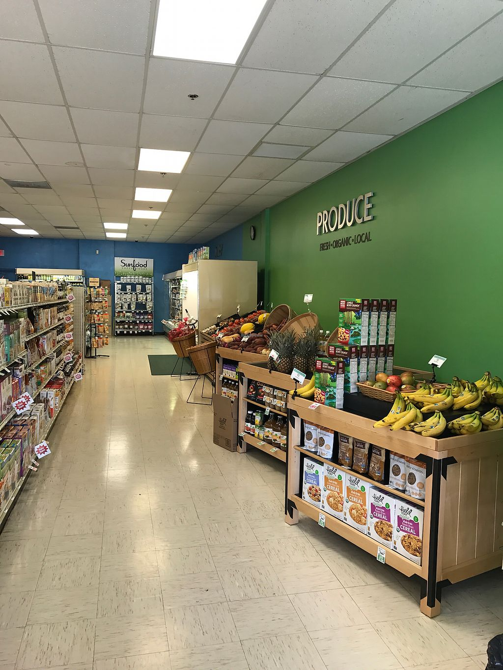 "Photo of Cape Cod Natural Foods  by <a href=""/members/profile/Sarah%20P"">Sarah P</a> <br/>Produce <br/> September 10, 2017  - <a href='/contact/abuse/image/2082/302987'>Report</a>"