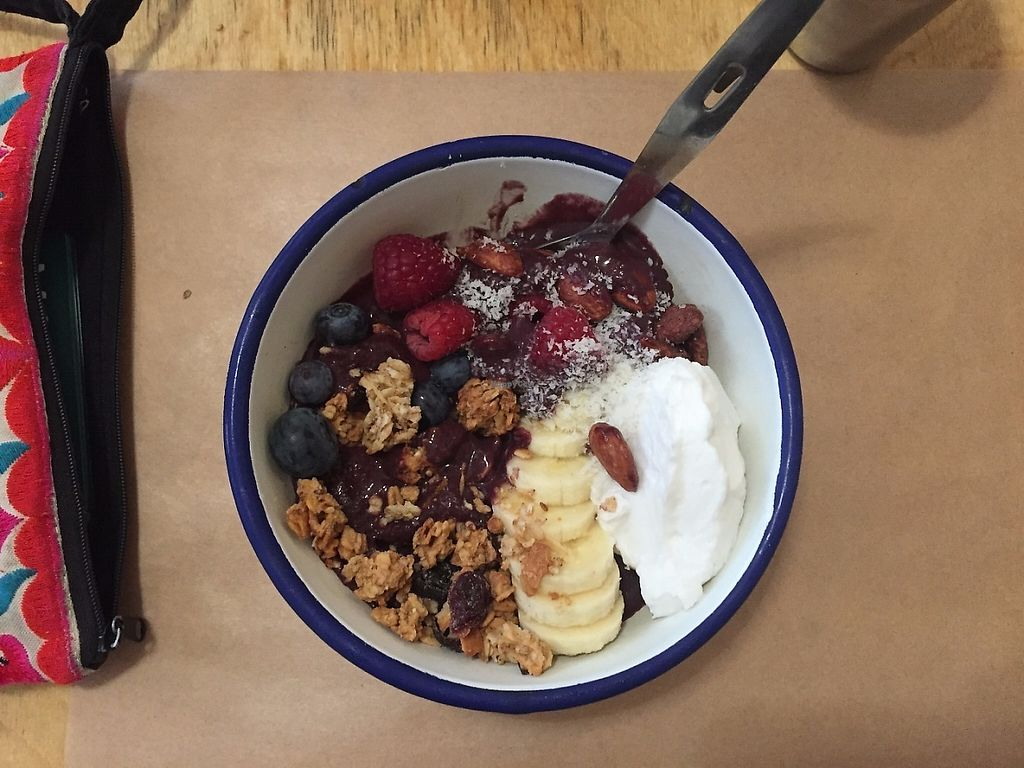 "Photo of Kitchen Paris  by <a href=""/members/profile/stephdanforth"">stephdanforth</a> <br/>Acai bowl <br/> June 3, 2017  - <a href='/contact/abuse/image/20834/265342'>Report</a>"