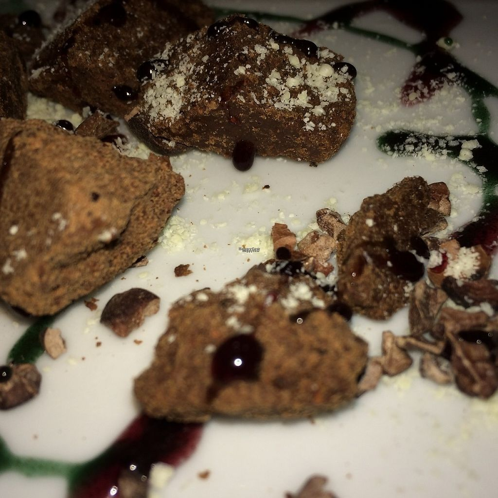 """Photo of Sol Semilla - Le Bar des Artisans  by <a href=""""/members/profile/JohanneJeppesen"""">JohanneJeppesen</a> <br/>A close up of one of the best vegan desserts I've ever had.  <br/> December 6, 2016  - <a href='/contact/abuse/image/20913/197877'>Report</a>"""