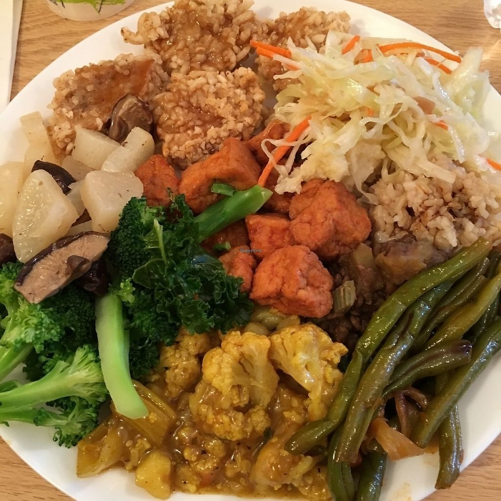 "Photo of Masao's Kitchen  by <a href=""/members/profile/veganri"">veganri</a> <br/>Buffet  <br/> May 27, 2017  - <a href='/contact/abuse/image/2104/262878'>Report</a>"