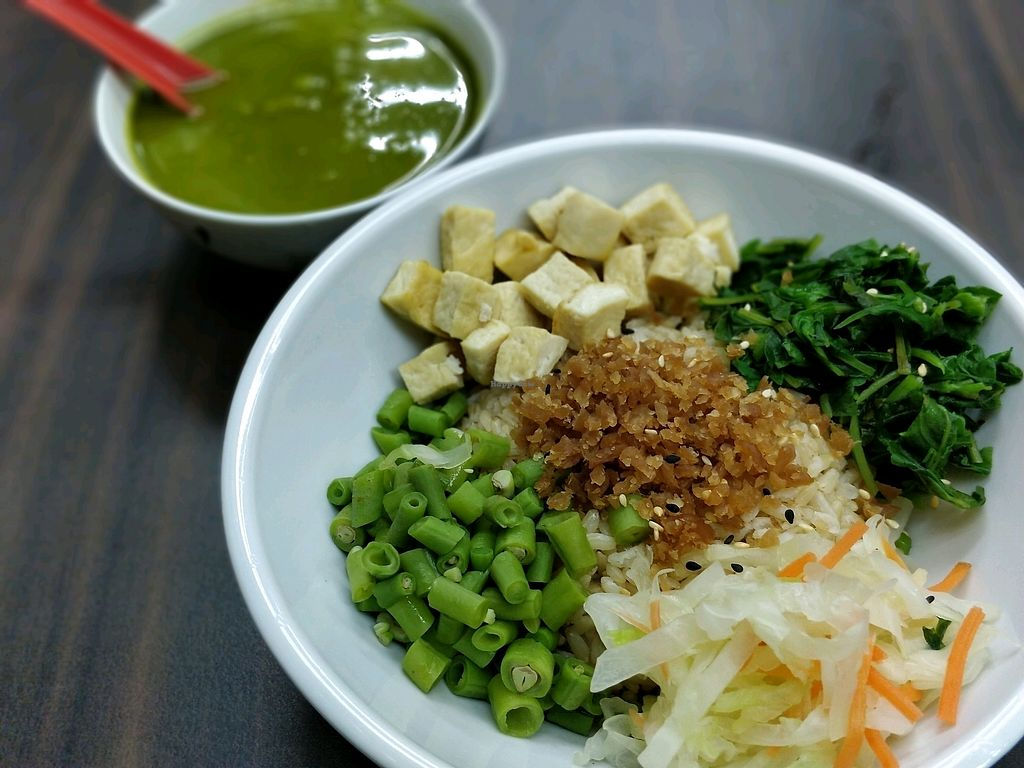 """Photo of Tian Yuan Vegetarian Food  by <a href=""""/members/profile/JimmySeah"""">JimmySeah</a> <br/>fresh juicy ingredients <br/> January 21, 2018  - <a href='/contact/abuse/image/21134/349272'>Report</a>"""