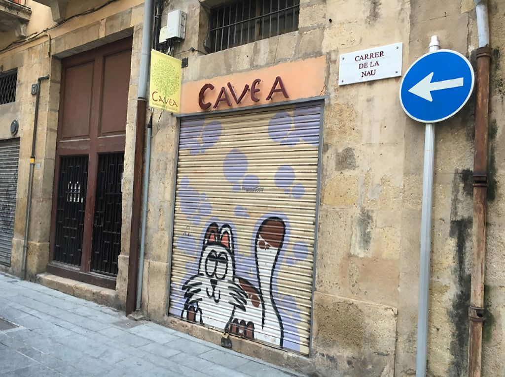 "Photo of Cavea  by <a href=""/members/profile/hack_man"">hack_man</a> <br/>Closed on a Sunday - shame  <br/> November 20, 2016  - <a href='/contact/abuse/image/21321/192627'>Report</a>"
