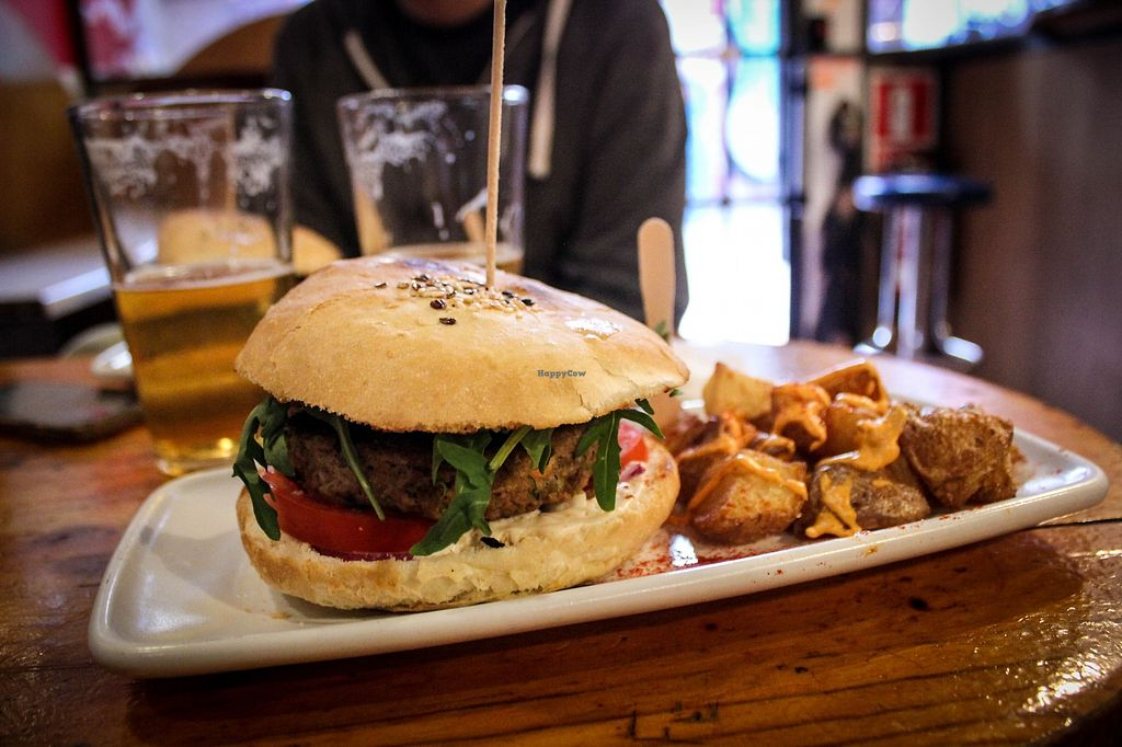 """Photo of CatBar  by <a href=""""/members/profile/SueClesh"""">SueClesh</a> <br/>burger with patatas bravas <br/> April 17, 2018  - <a href='/contact/abuse/image/21348/387094'>Report</a>"""
