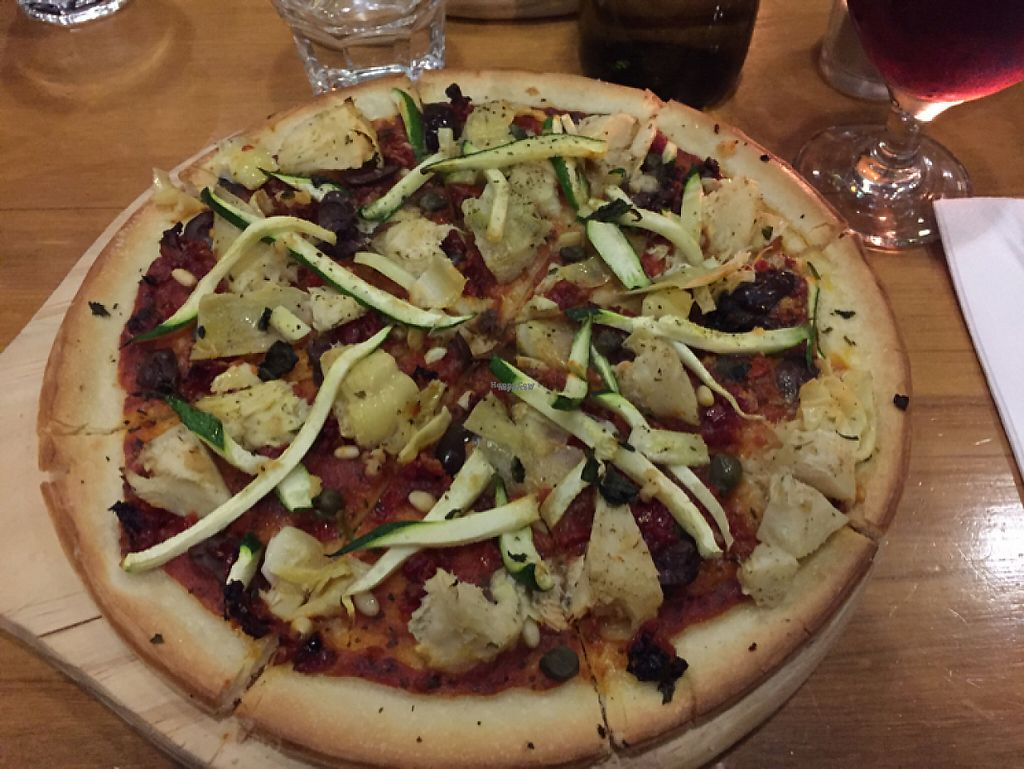 "Photo of Zucchini Bros  by <a href=""/members/profile/aroundtheworldvegan"">aroundtheworldvegan</a> <br/>vegan pizza  <br/> April 30, 2017  - <a href='/contact/abuse/image/21371/254406'>Report</a>"