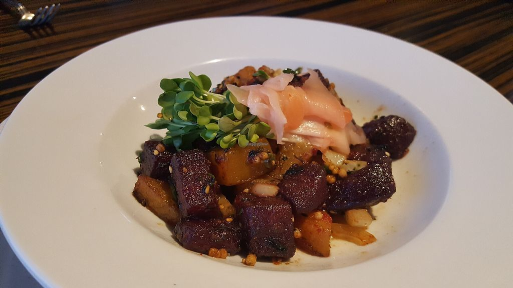 """Photo of Roy's  by <a href=""""/members/profile/kimbarley"""">kimbarley</a> <br/>Beet poke <br/> April 8, 2018  - <a href='/contact/abuse/image/21396/382253'>Report</a>"""