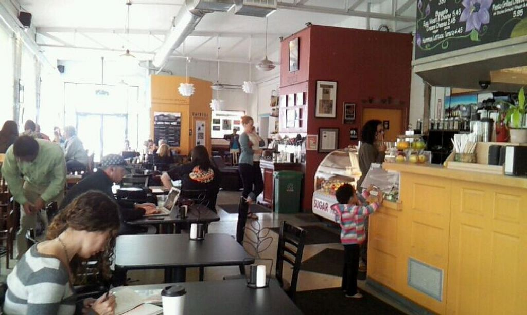 Photo of Sugarhouse Coffee  by Navegante <br/>04-29-2014 <br/> April 29, 2014  - <a href='/contact/abuse/image/21436/68957'>Report</a>